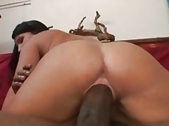 Breathtaking MILF Kendra Secrets gets her vagina stretched