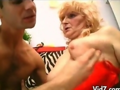 Older granny in nylons and strap on fucks males booty