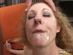 Schlong hungry milf Annie Body sucks hard for a mouthfull of cum