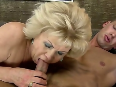 Blonde granny gets nailed with a huge juvenile throbbing penis after giving an astounding head