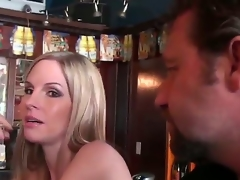 We meet this hot blonde milf in the local bar. That babe is by shafei, but she still looks very exquisite and sexy, like real lady. I have a goal, I need to pick up this hot blonde.