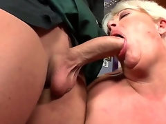 See this hot granny drops to her knees and sucks juvenile cock like a boss. Did I mention shes pleasantly plump Well, she sure as fuck is, friendos. So, have at it: click play!