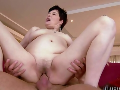 Goldee is a pale skinned short haired older dark brown with hairy juicy pussy. This babe has hardcore sex with her hot blooded young fuck buddy and receives the pleasure of her lifetime Watch aged slut get humped