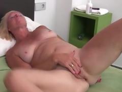 Hawt solo blonde aged masturbates box