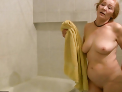 OldNanny Old slim woman masturbating and engulfing weenie