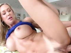 Milf Brandi Love likes getting her snatch pulverized